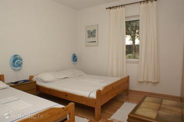 Splitska, Bedroom in the room.