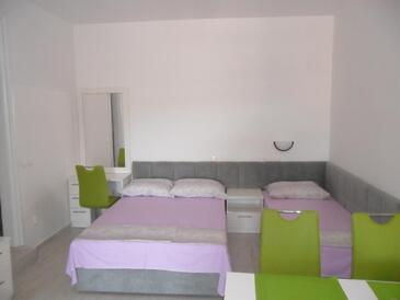 Potočnica, Obývací pokoj v ubytování typu apartment, domácí mazlíčci povoleni a WiFi.