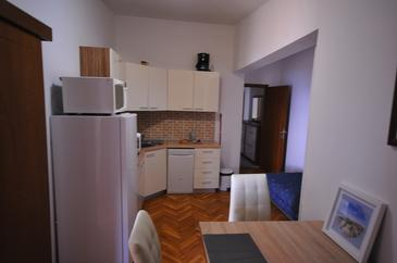 Potočnica, Kitchen in the apartment, (pet friendly) and WiFi.