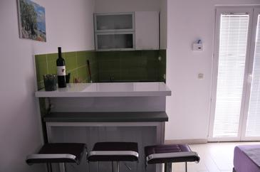 Potočnica, Kitchen in the studio-apartment, (pet friendly) and WiFi.