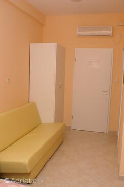 Trogir, Living room in the studio-apartment, WIFI.
