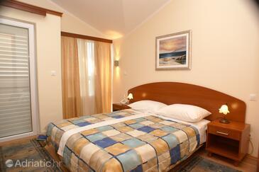 Seget Vranjica, Camera da letto   nell'alloggi del tipo room, condizionatore disponibile, animali domestici ammessi e WiFi.