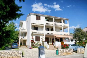 Mandre, Pag, Property 3084 - Apartments near sea with pebble beach.