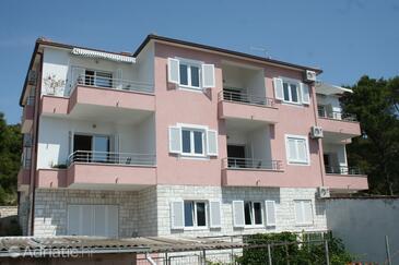 Bilo, Primošten, Objekt 3090 - Ubytování v blízkosti moře s oblázkovou pláží.