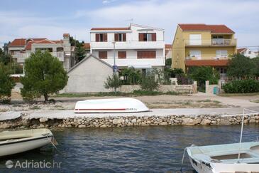 Brodarica, Šibenik, Property 3092 - Apartments near sea with pebble beach.