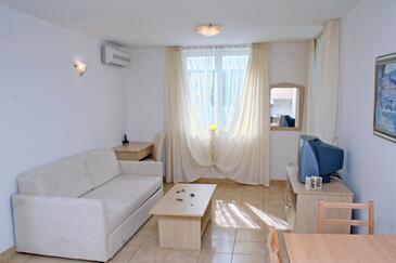 Vinjerac, Salon dans l'hébergement en type apartment, climatisation disponible, animaux acceptés et WiFi.