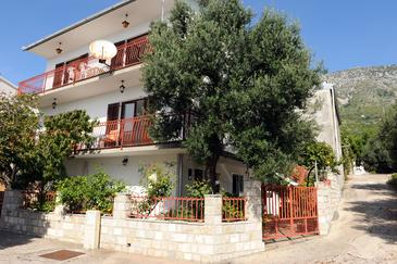 Podaca, Makarska, Property 315 - Apartments near sea with pebble beach.
