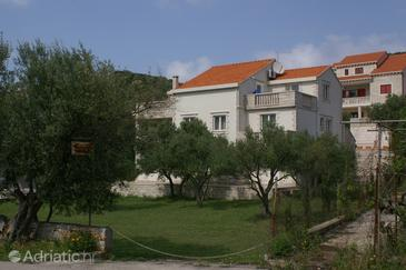 Žrnovska Banja, Korčula, Property 3156 - Apartments with pebble beach.