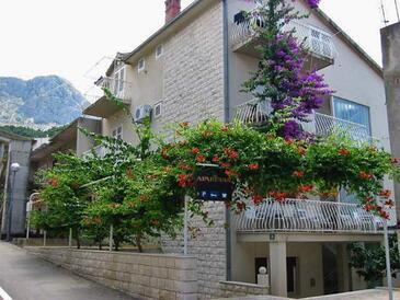Podgora, Makarska, Objekt 316 - Ubytování v blízkosti moře s oblázkovou pláží.