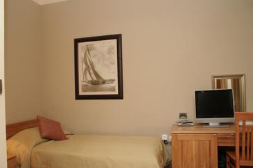 Orebić, Sypialnia w zakwaterowaniu typu room.