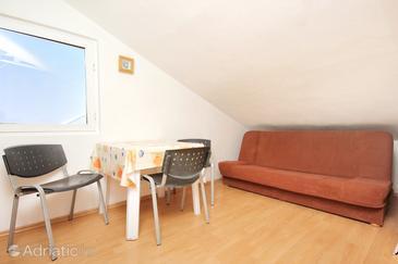 Trpanj, Dining room in the apartment, dostupna klima, dopusteni kucni ljubimci i WIFI.