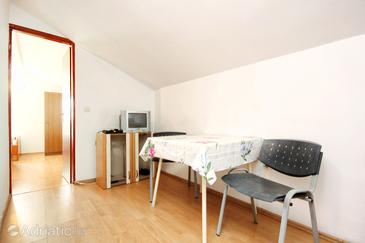 Trpanj, Dining room in the apartment, air condition available, (pet friendly) and WiFi.