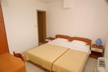 Žuljana, Bedroom in the room, dostupna klima i WIFI.
