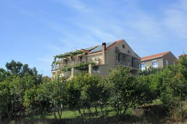 Mlini, Dubrovnik, Property 3167 - Apartments with pebble beach.