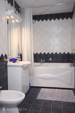 Bathroom    - A-3183-b