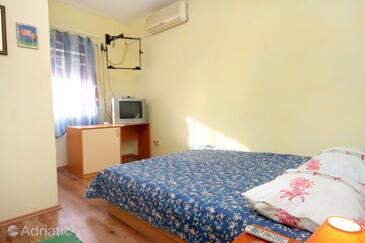 Bedroom 2   - A-319-a