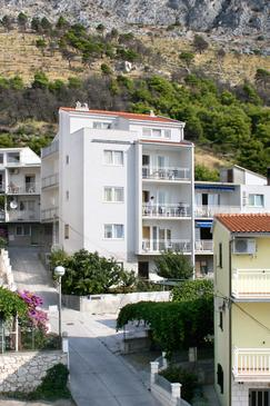 Duće, Omiš, Property 3190 - Apartments with sandy beach.