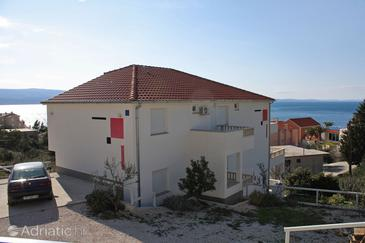 Nemira, Omiš, Property 3191 - Apartments near sea with pebble beach.