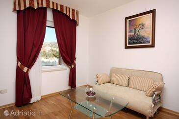 Seget Vranjica, Living room in the room.