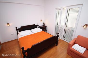 Rogač, Bedroom in the room.