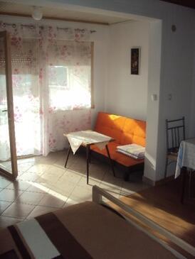 Palit, Jadalnia w zakwaterowaniu typu studio-apartment, zwierzęta domowe są dozwolone i WiFi.