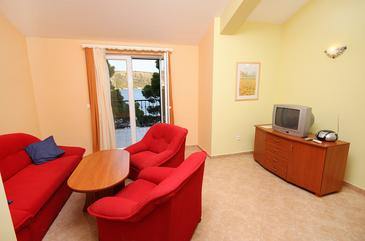 Rogoznica, Living room 1 in the apartment, dopusteni kucni ljubimci i WIFI.