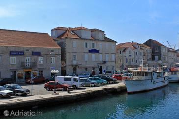 Trogir, Trogir, Property 3201 - Rooms near sea with pebble beach.