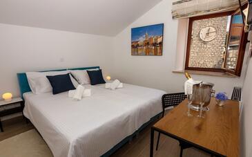 Rab, Спальня в размещении типа room, доступный кондиционер и WiFi.