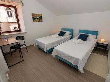 Rab, Bedroom in the room, air condition available and WiFi.