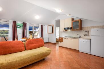 Tisno, Гостиная в размещении типа apartment, доступный кондиционер и Домашние животные допускаются.