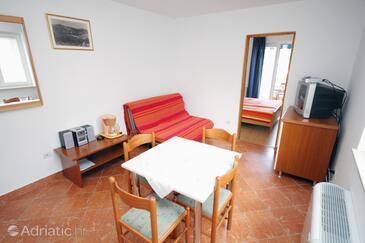 Tisno, Obývací pokoj v ubytování typu apartment, s klimatizací a domácí mazlíčci povoleni.