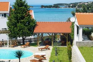 Family friendly apartments with a swimming pool Kampor, Rab - 3214