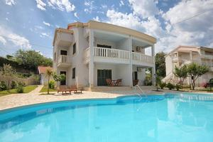 Family friendly apartments with a swimming pool Kampor (Rab) - 3214