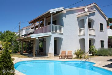 Banjol, Rab, Property 3215 - Apartments with pebble beach.