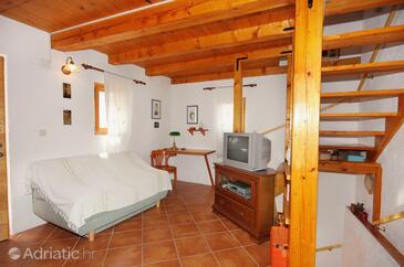 Omišalj, Living room in the house, dostupna klima i dopusteni kucni ljubimci.