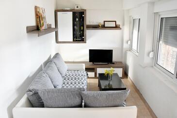 Zuborovica, Obývací pokoj v ubytování typu house, domácí mazlíčci povoleni a WiFi.