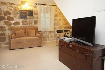 Split, Living room in the studio-apartment, dostupna klima.