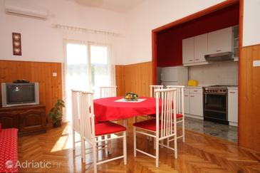 Dining room    - A-323-a