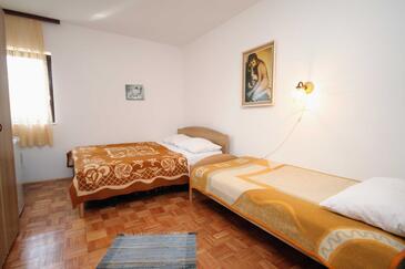 Krk, Spálňa v ubytovacej jednotke room, WiFi.