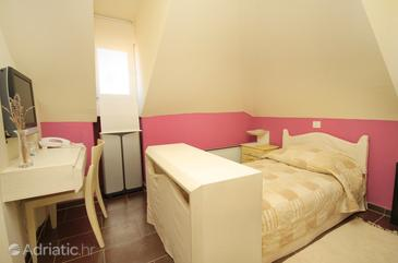 Marina, Bedroom in the room, WIFI.