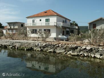 Neviđane, Pašman, Property 324 - Apartments by the sea.