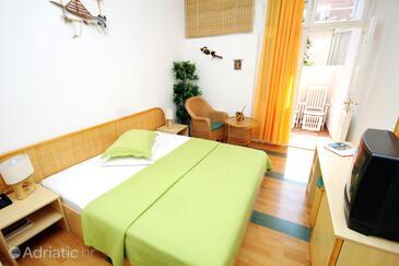 Supetar, Bedroom in the room, dostupna klima, dopusteni kucni ljubimci i WIFI.