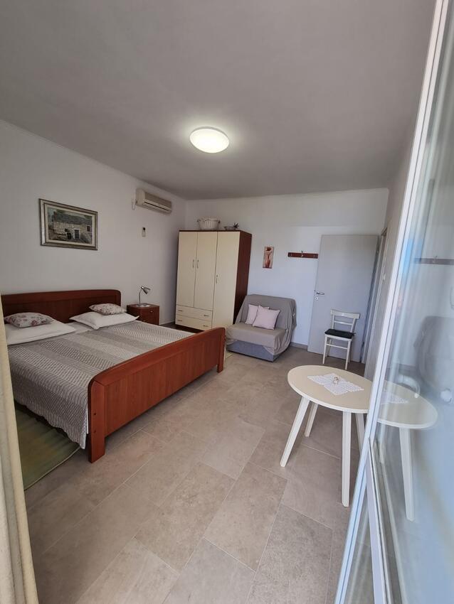 Ferienwohnung im Ort Neviane (Paaman), Kapazität 4+2 (1012803), Nevidane, Insel Pasman, Dalmatien, Kroatien, Bild 5