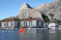 Apartments with WiFi Omiš - 3253