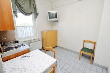 Rtina - Miletići, Salle à manger dans l'hébergement en type apartment, dostupna klima i WIFI.