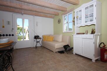 Studenčić, Obývacia izba v ubytovacej jednotke house, dopusteni kucni ljubimci.