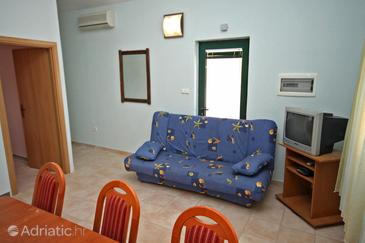Rogoznica, Woonkamer in the apartment, air condition available, (pet friendly) en WiFi.