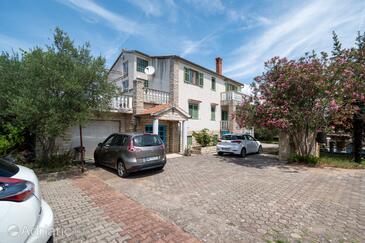 Mrljane, Pašman, Объект 327 - Апартаменты и комнаты вблизи моря.