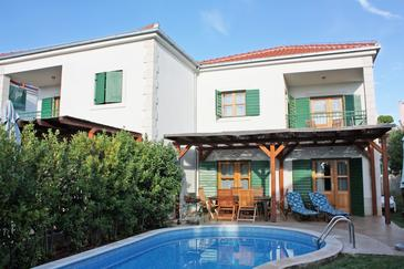 Hvar, Hvar, Property 3271 - Vacation Rentals near sea with pebble beach.