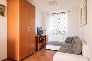 Petrčane, Camera di soggiorno nell'alloggi del tipo apartment, animali domestici ammessi e WiFi.